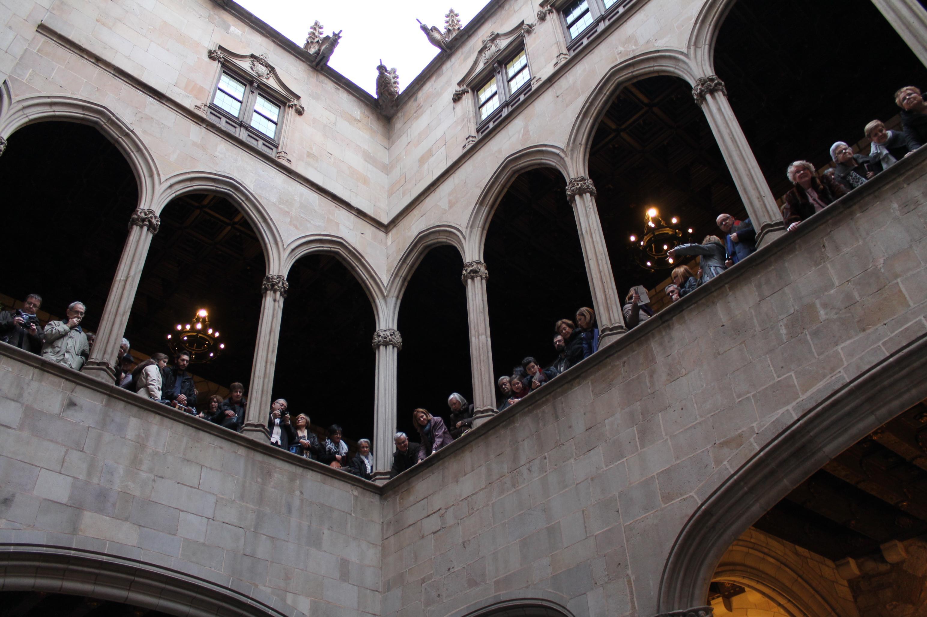 Tradition and history return to the santa eullias day festivities barcelona city council with - De gasperi santa maria di sala ...