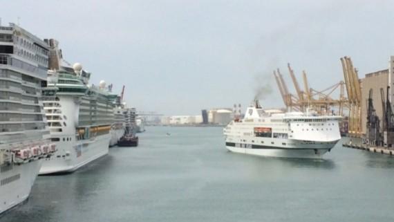 Arribada creuers al Port de Barcelona
