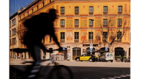 Coberta guia de l'Eixample, col·lecció 'Barcelona barri a barri'