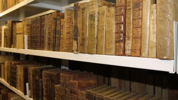 Fins a 3,7 milions de documents són conservats a l'edifici de l'antic Hospital de la Santa Creu