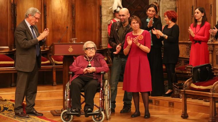 Barcelona reconeix Neus Català, supervivent dels camps nazis