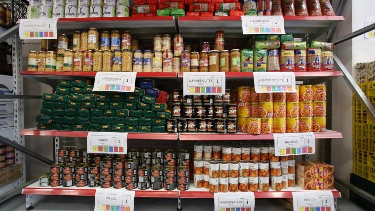 Barcelona disposa d'un nou centre de distribució solidària d'aliments