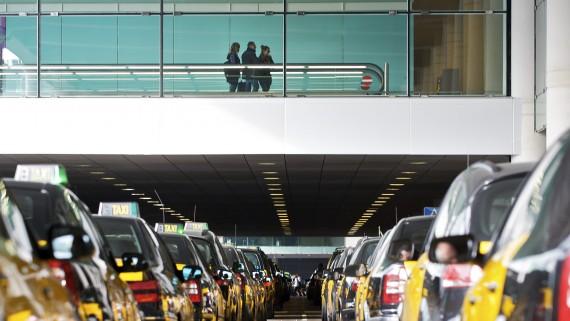 aeroport, barcelona, el prat, foto: aena, transport, mobilitat, turisme, taxis, taxi