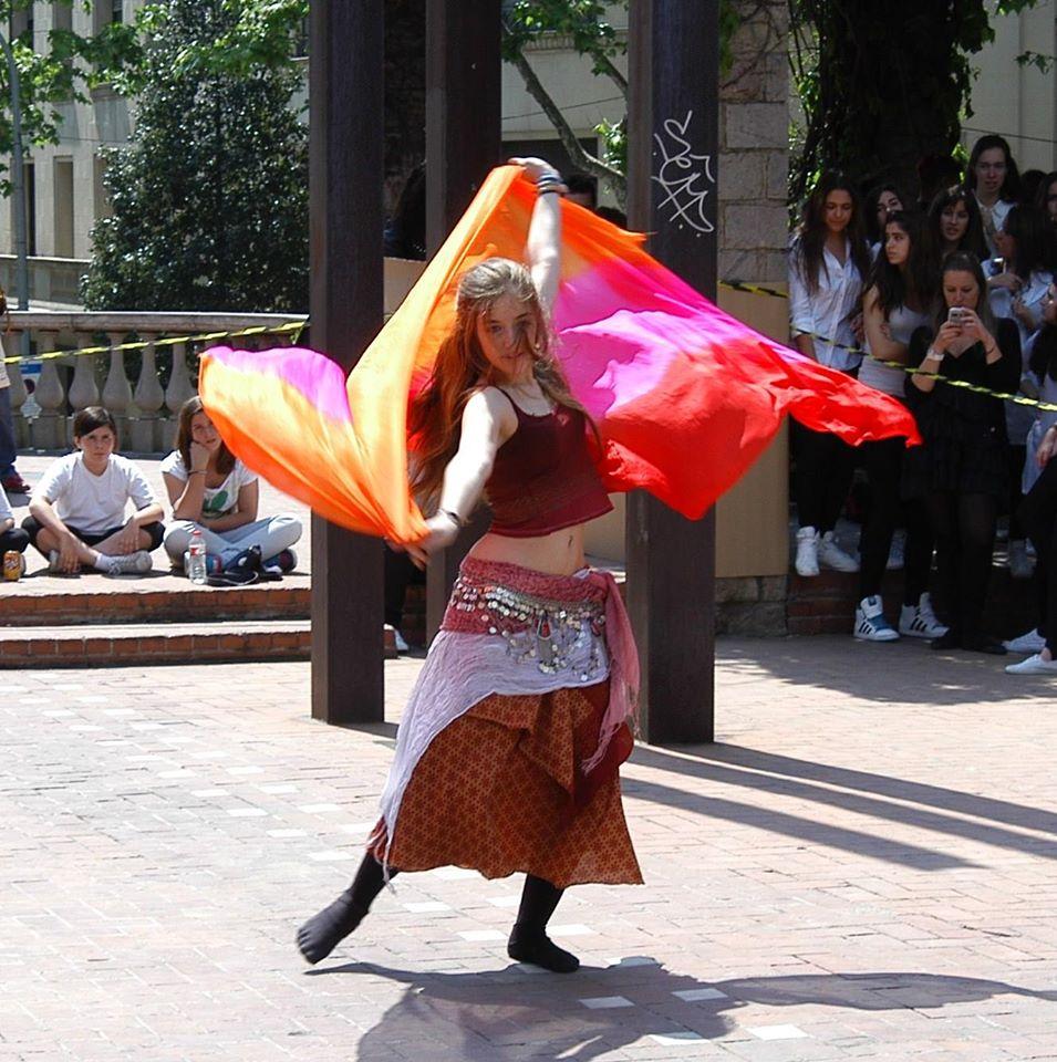 Celebraci del dia internacional de la dansa a sarri sant - Placa kennedy barcelona ...