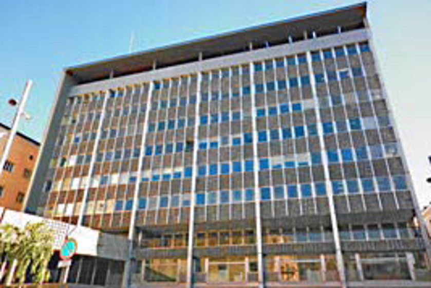Barcelona posa en marxa un servei d informaci i for Caixa d enginyers oficines barcelona