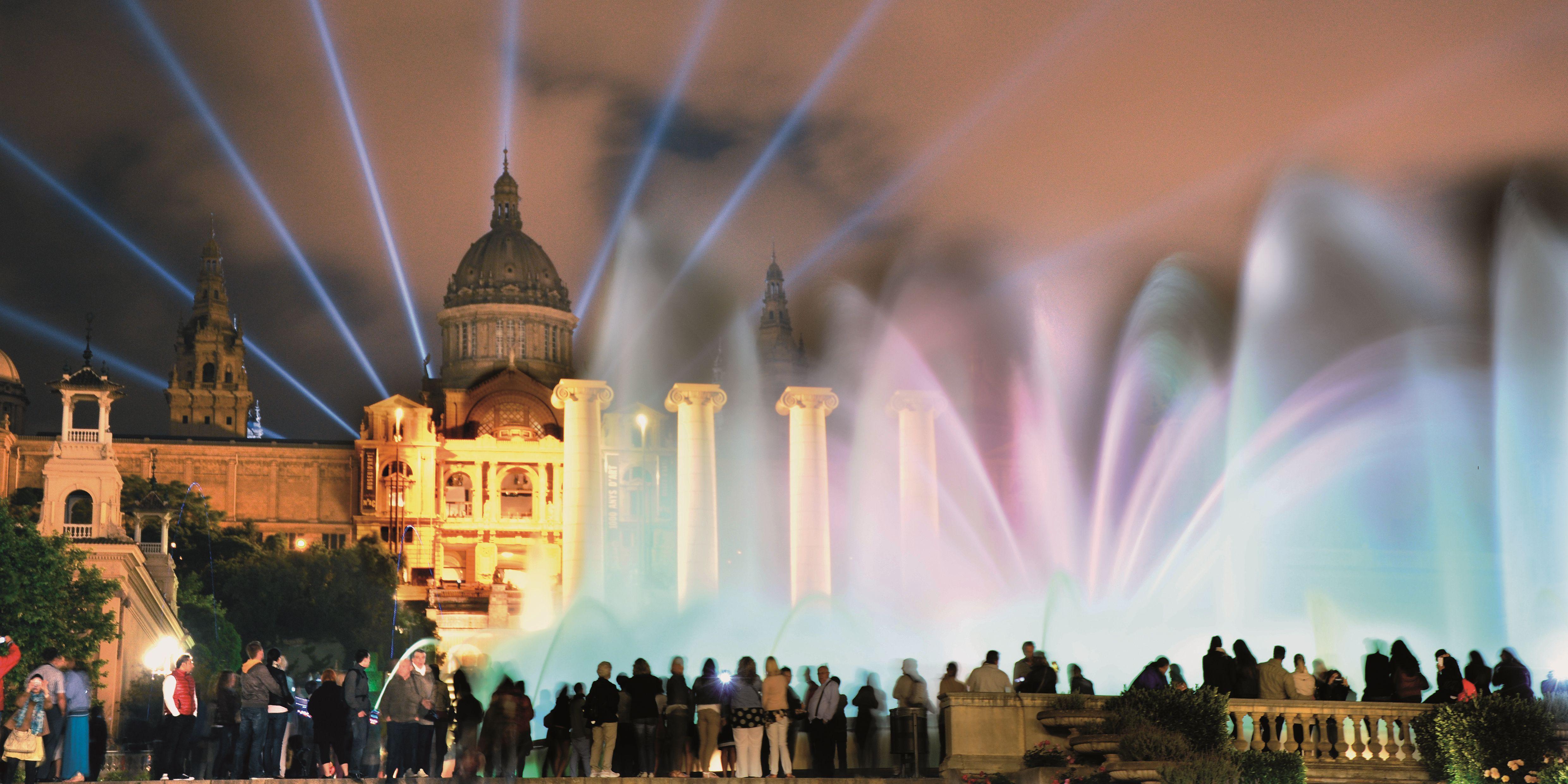 Resultado de imagen de Fuente Mágica de Montjuic