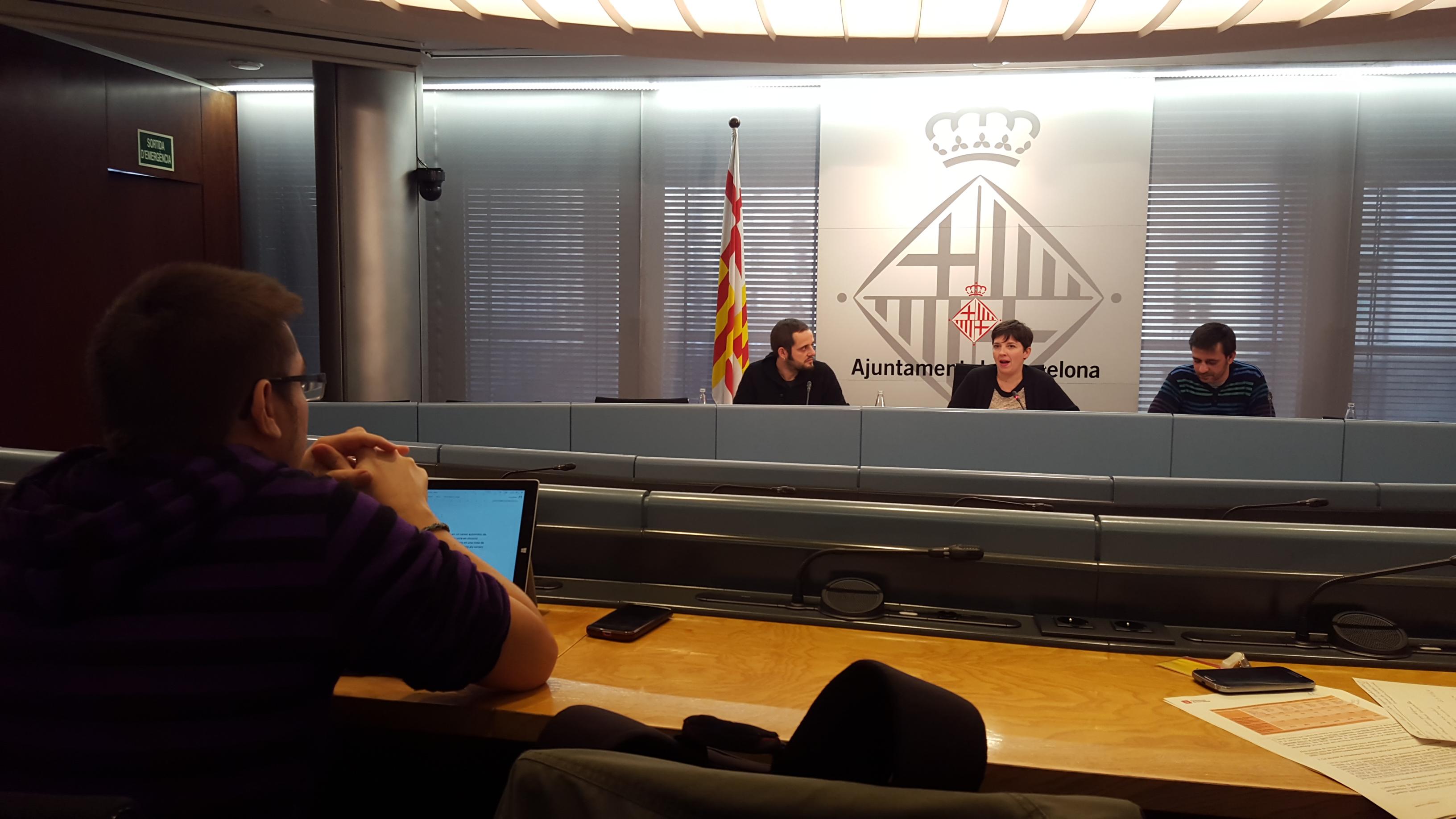 Barcelona replanteja l'abordatge del sensellarisme