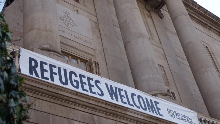 refugeeswelcome pancarta