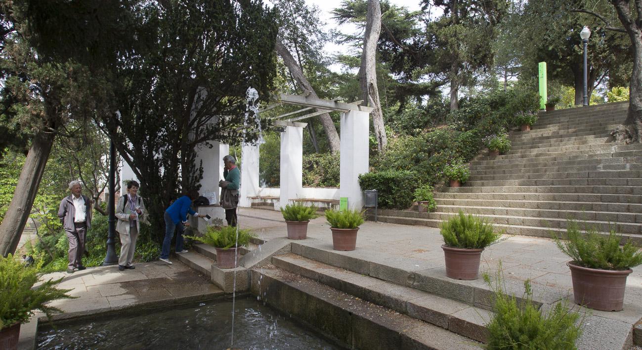 Jardins de laribal barcelona website for Barcelona jardin