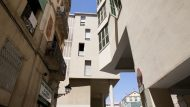 Dues façanes d'edificis de Barcelona