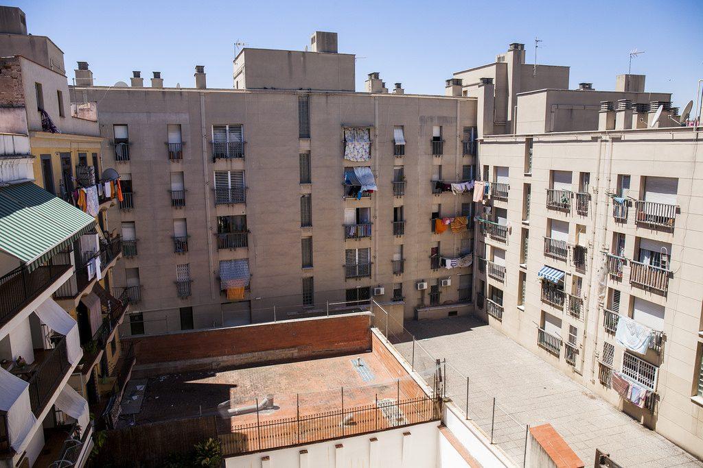 La s ndica de greuges de barcelona presenta l informe del for Oficina habitatge barcelona