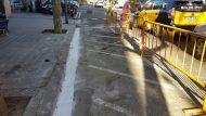 Obres per implementar el carril bici al carrer de Cartagena