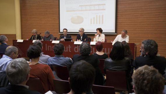La sessió plenària del Consell de l'Habitatge Social de Barcelona va reunir una vuitantena de representants dels diferents sectors implicats en la promoció de l'habitatge.