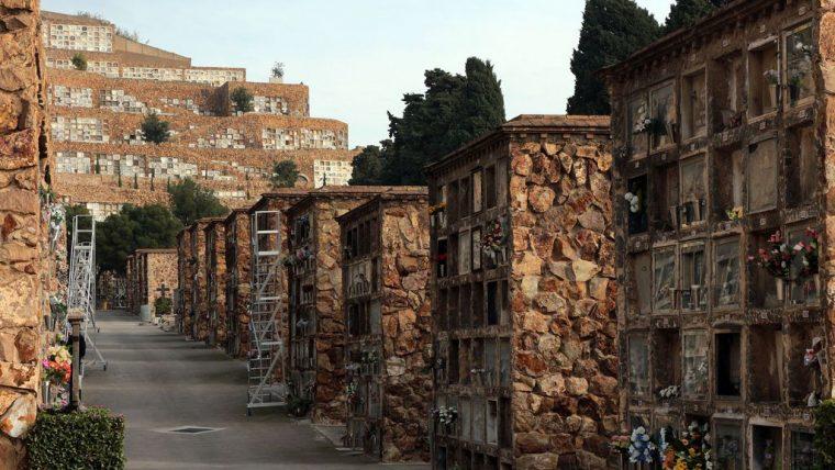 Más recursos para el mantenimiento del cementerio de Montjuïc | Info  Barcelona | Ajuntament de Barcelona