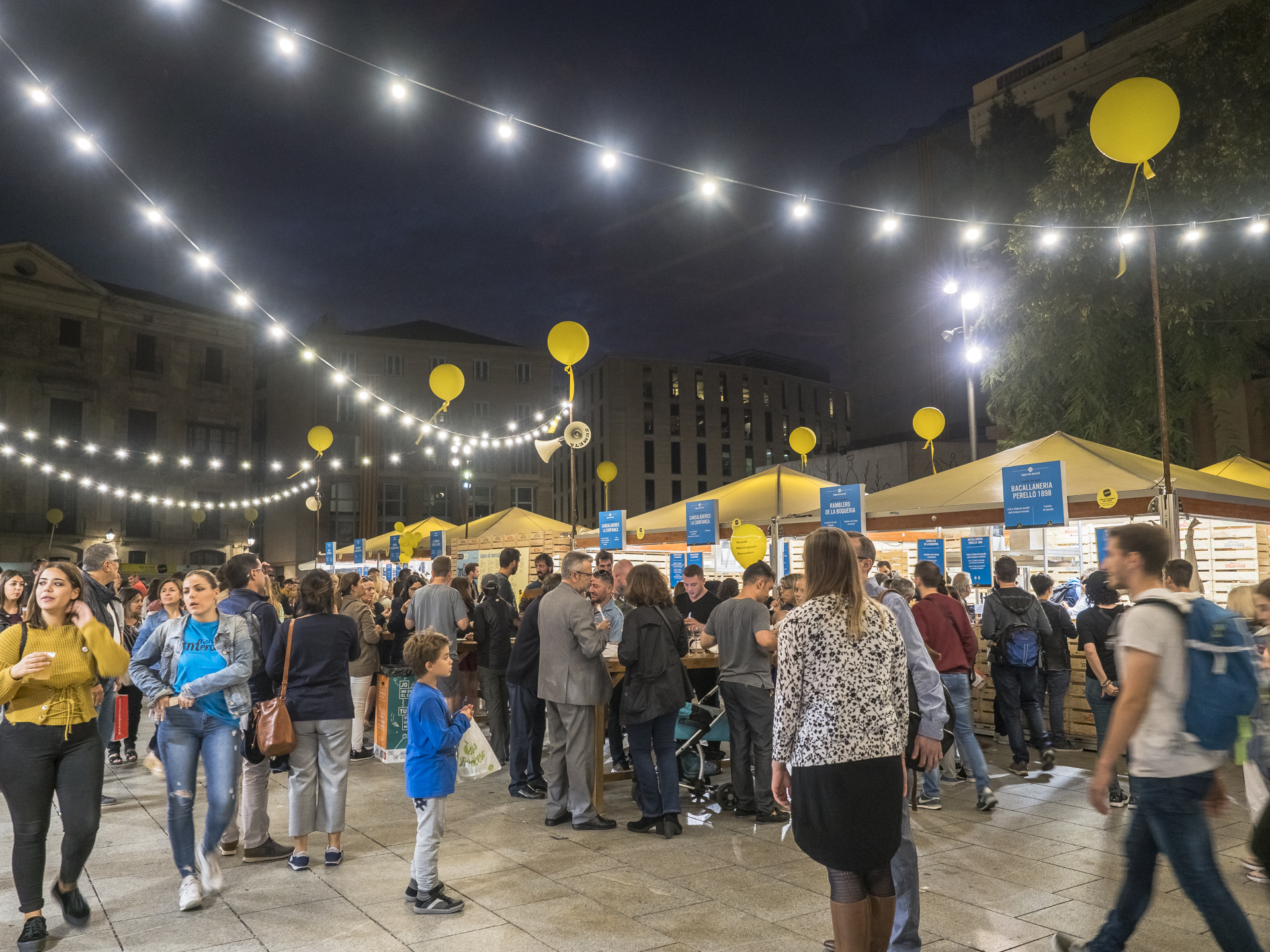 The Eighth Edition Of The Market Of Markets Fair Receives Nearly  ~ Restaurant Semproniana Barcelona
