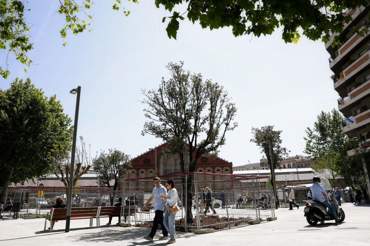 The new Sant Antoni superblock regains 5,000 square metres for use ...