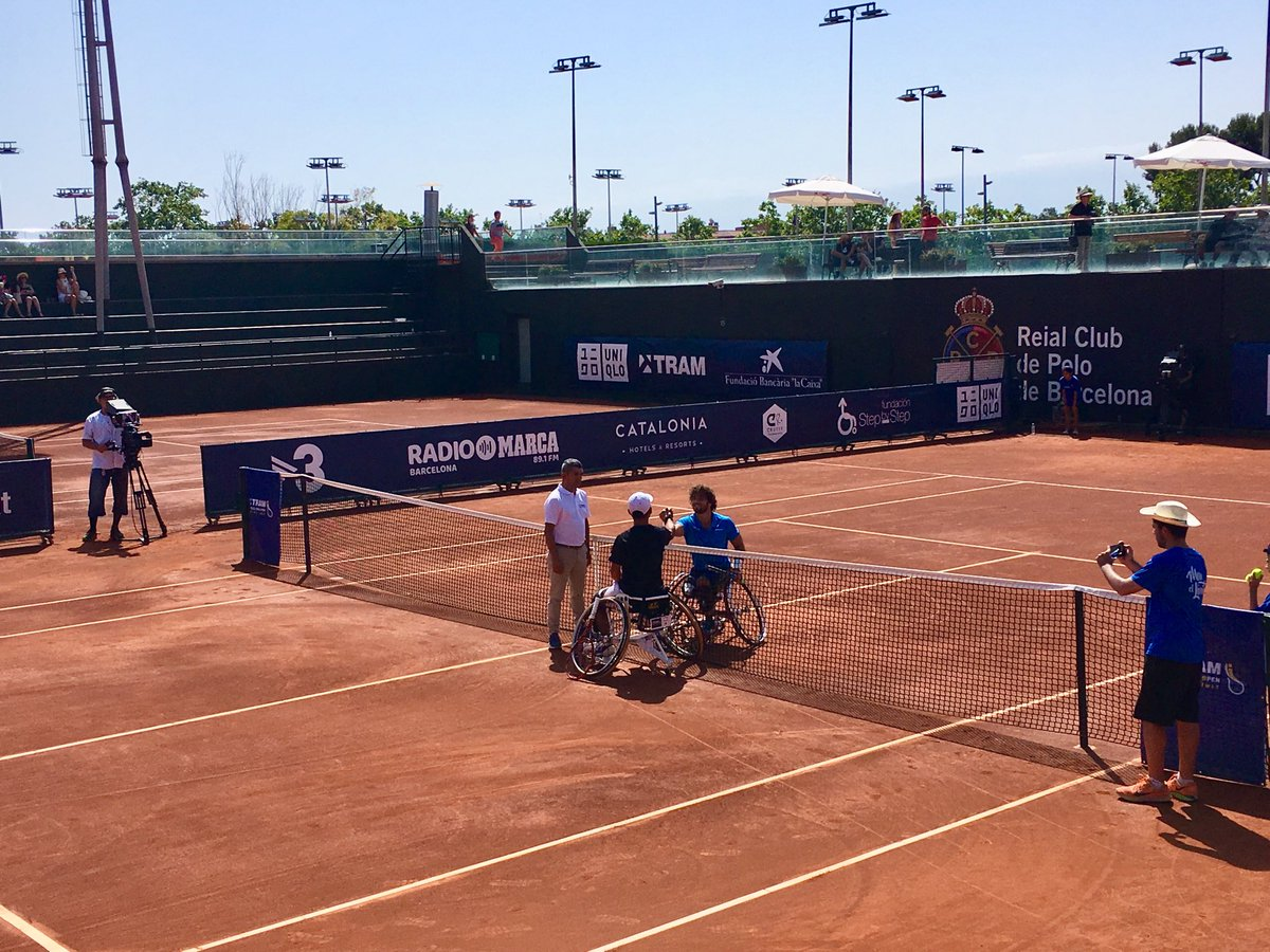 El Silla OpenLes Barcelona Tenis En De Llega Con Tram Corts Ruedas jSULqMVpzG