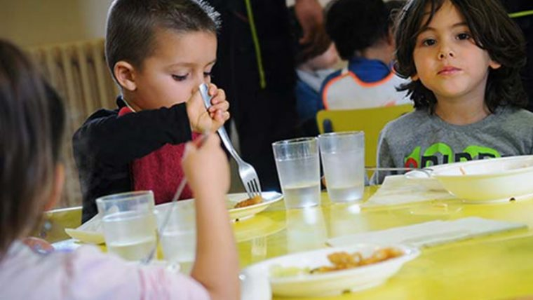 Más de 26.000 alumnos reciben la ayuda de comedor | Info Barcelona ...
