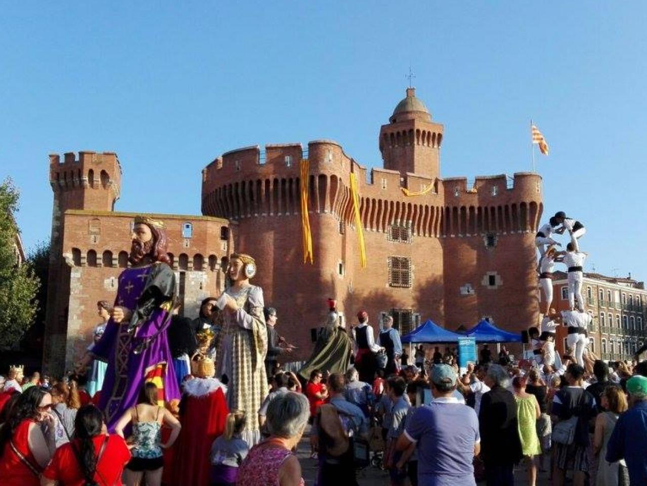 Les colles de barcelona que participen a la diada d adifolk a perpiny cultura popular - Agenda cultura barcelona ...