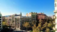 La Casa Sayrach i la Casa Montserrat, situades a la cruïlla de l'Avinguda Diagonal i el carrer d'Enric Granados. Foto: Consol Bancells