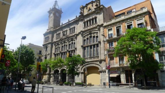 Imatge de la seu del districte de Sants-Montjuïch