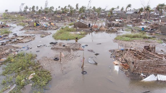 Cyclone Idai, Mozambique, aftermath, 15-16 March 2019 (Denis Onyodi: IFRC/DRK/Climate Centre)