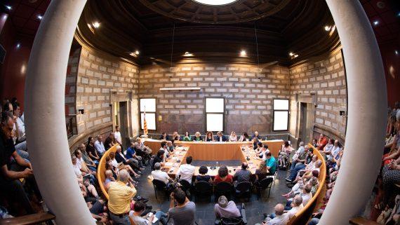 25.07.2019. Barcelona. Constitució del Consell de Districte de Sant Martí. Foto Robert Ramos