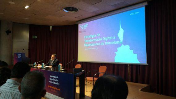Paco Rodríguez presentant l'estratègia de transformació digital de Barcelona