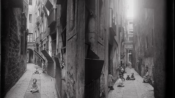 Carrer d'en Malla, 1908. AFB. A. Mas