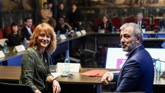 Jaume Collboni i Laia Bonet reunits amb cònsols.