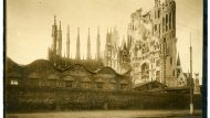 Obres de construcció de la Sagrada Família. 1908. Editorial López / Arxiu Fotogràfic de Barcelona.