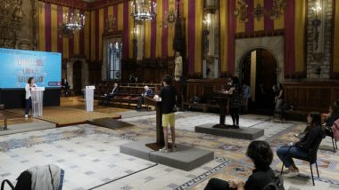 XXV XXV Audiència Pública a les noies i nois de Barcelona Pública a les noies i als nois de Barcelona