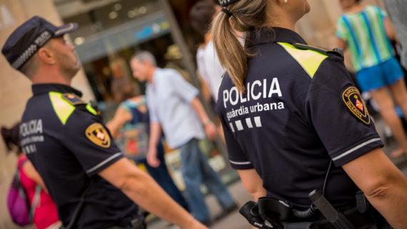 nova-uniformitat-gurdia-urbana-de-barcelona-ut1_42786641934_o