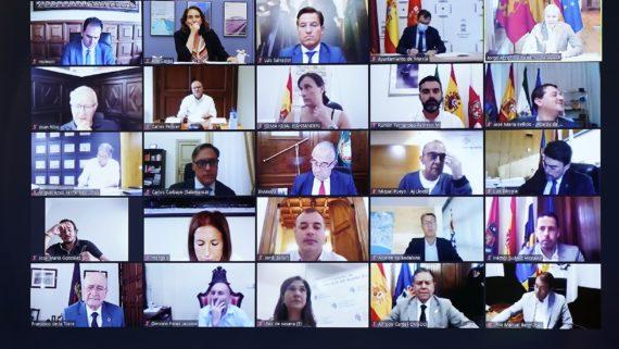 Reunió, alcaldes, alcaldesses, finançament local, Barcelona