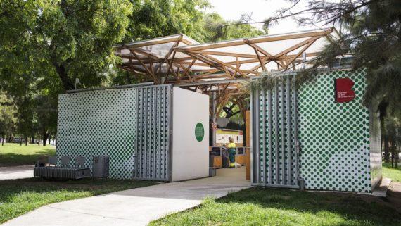 Servei de Gestió de Neteja i Residus. Punt verd de la Barceloneta