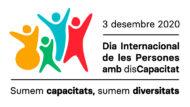 """Banner en el marc del Dia Internacional de les Persones amb Discapacitat. Amb el lema, """"sumem capacitats, sumem diversitats"""" i uns dibuixos de gent diversa amb diferents colors."""