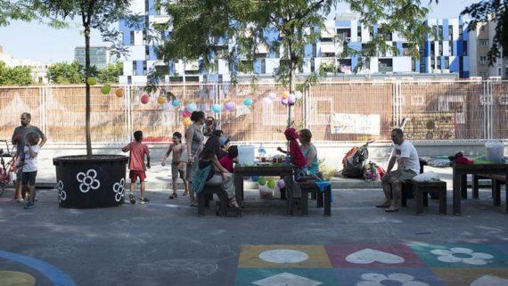 àrea de jocs al carrer sancho de ávila