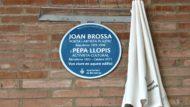 Joan Brossa, Pepa Llopis, Memòria, placa commemorativa