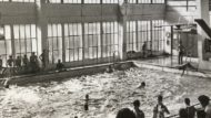 Perspectiva de la desapareguda piscina del Poblenou on es va formar Aurora Chamorro